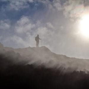 Göngugarpur í kynngimagnaðri náttúru Eldvarpa.