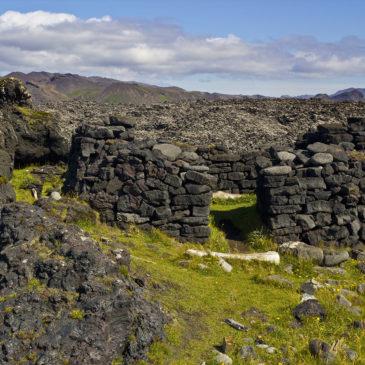 Perlur Suðurnesja: Katlahraun-Selatangar